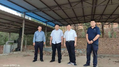 乙鑫重工有机肥设备厂家总经理到云南洽谈有机废物再利用项目